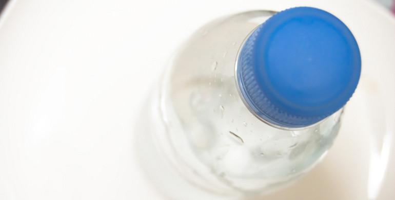 水が腐るってホント?ペットボトルより水道水の方が腐りにくい!理由を徹底解明のサムネイル画像