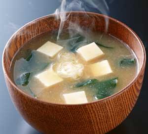 味噌汁のカロリーとダイエット効果を高める方法まとめ!口コミも紹介のサムネイル画像