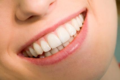 クチャラーの原因は歯並びや鼻炎にあった?注意の仕方・直し方まとめ!のサムネイル画像