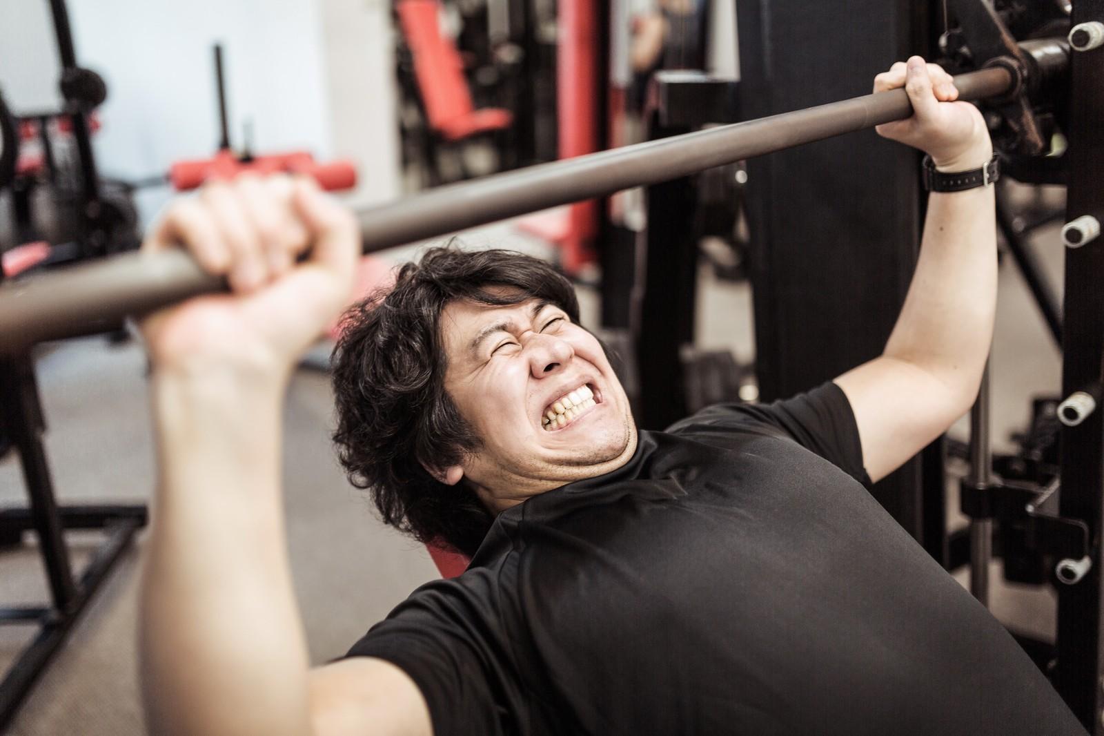 バーンマシンの効果がすごい!腹筋・胸筋を短時間で鍛える!使い方も解説!のサムネイル画像