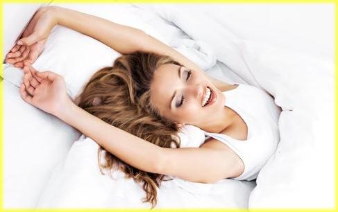 腰痛に効くストレッチ方法!寝ながら簡単に出来る腰が痛い時のストレッチのサムネイル画像