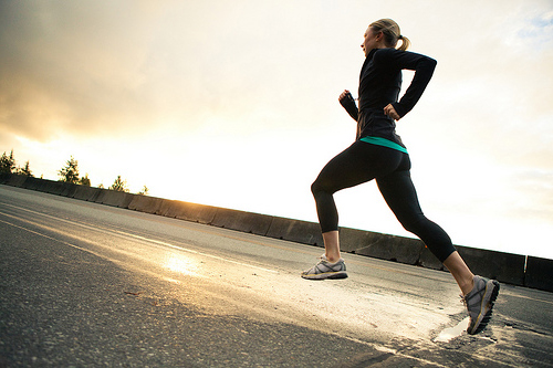 有酸素運動はダイエットに効果的?簡単でおすすめなやり方をまとめました!のサムネイル画像