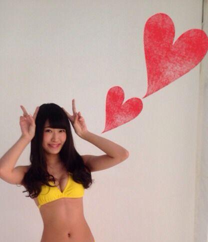 村上文香(元NMB48)のセクシー水着画像集!胸のカップ数は?のサムネイル画像