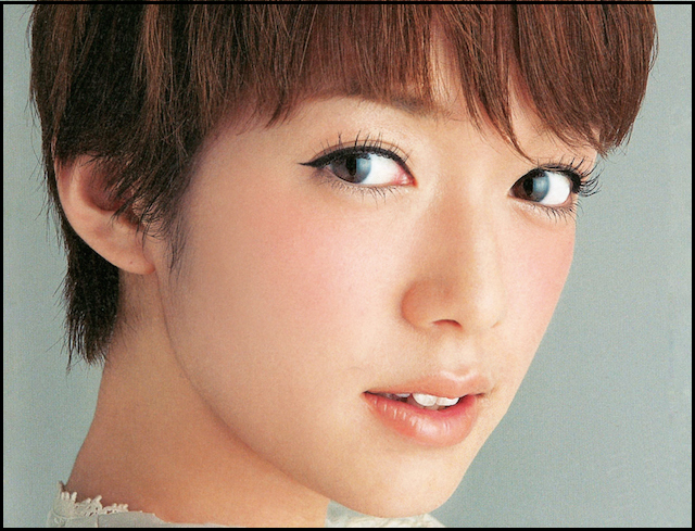 佐藤栞里のかわいい画像50選!水着もある?斜視でもかわいい!のサムネイル画像