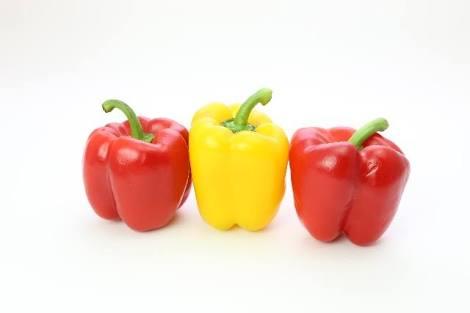 ピーマンの栄養や効果、カロリーから簡単調理法まで徹底解剖!のサムネイル画像