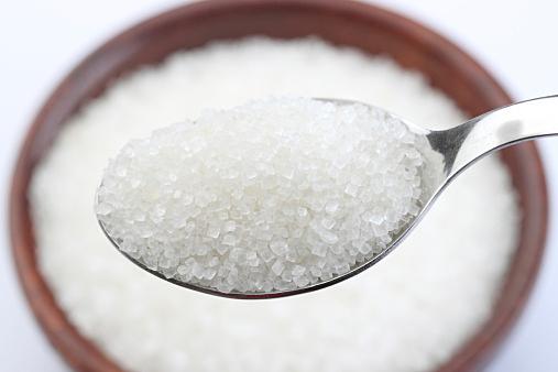 糖質制限メニューの簡単レシピ!併せて行いたい筋トレメニューも!のサムネイル画像