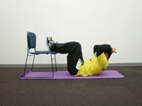 腰痛改善体操まとめ!ヘルニアや高齢者の人も寝ながら簡単に【動画有】のサムネイル画像