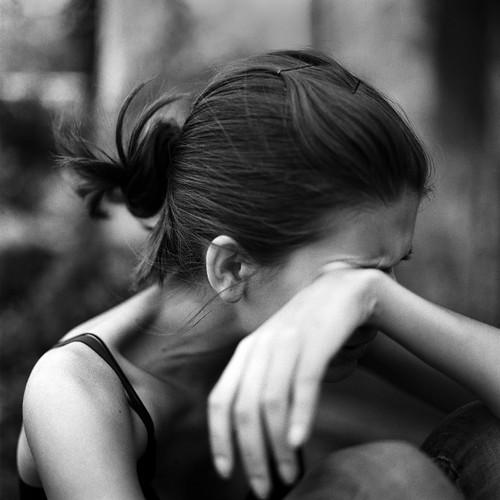 遠距離や彼氏に会えない時の寂しい気持ちを紛らわす対処法!彼の心理は?のサムネイル画像