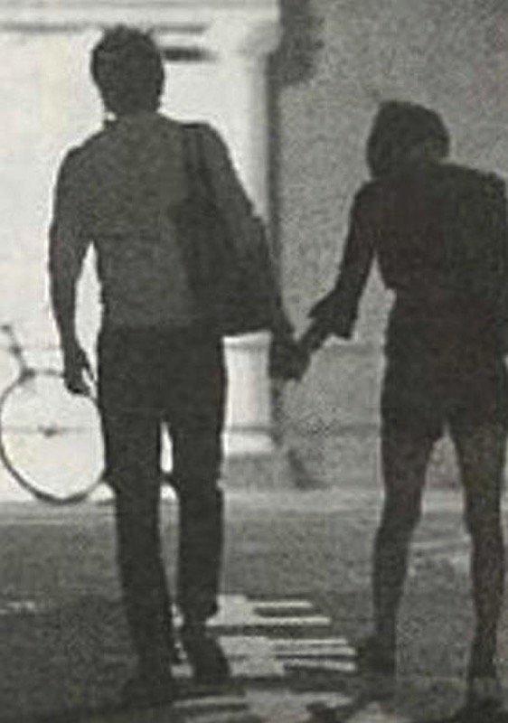 米倉涼子が旦那と離婚!原因は元夫による結婚後のモラハラ?真相を調査のサムネイル画像