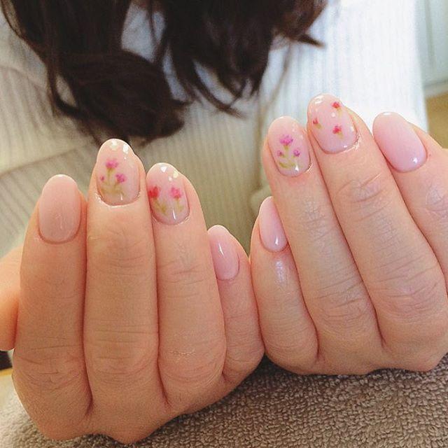 ネイルデザイン2017春編!シンプルなピンクも【画像あり】のサムネイル画像