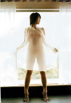 美奈子、タトゥー公開で仕事が激減していた?現在の収入は?のサムネイル画像