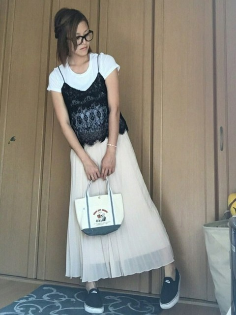キャミソールの重ね着コーデ・レイヤードコーデの着こなし術まとめ!のサムネイル画像