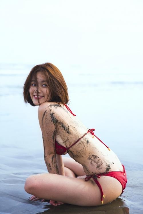 筧美和子のセクシー画像!お宝グラビアまとめ!無修正写真集ありのサムネイル画像
