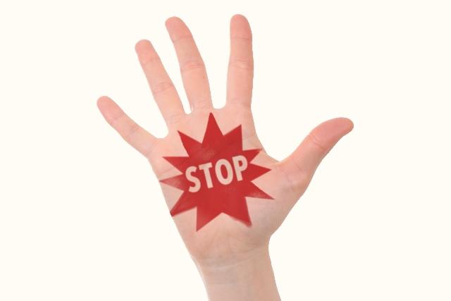 しゃっくりの原因と止め方を調査!ストレスやお酒にも要注意!のサムネイル画像