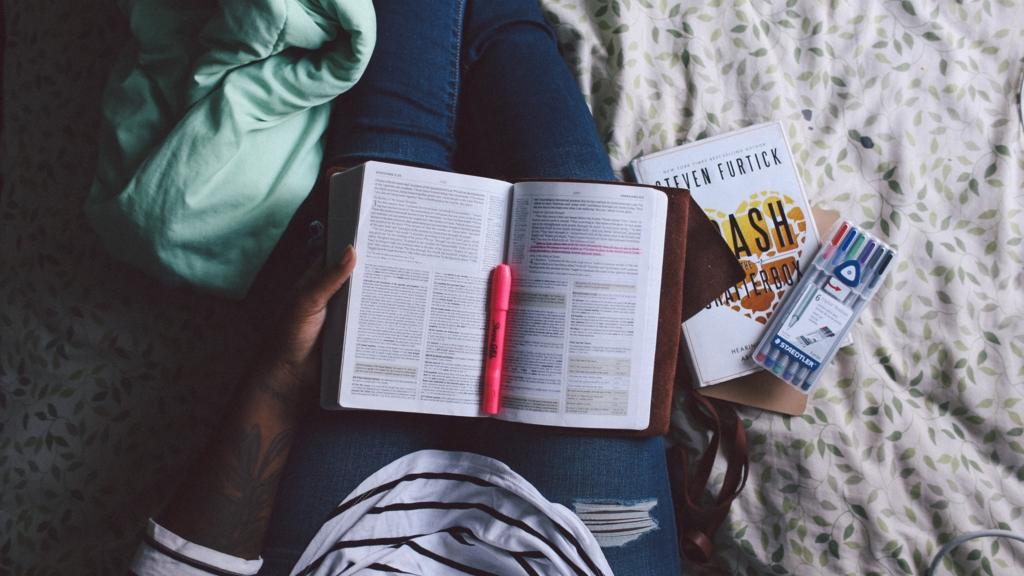 大学が楽しくない、つまらない、友達もいない…退学前にやるべきことのサムネイル画像