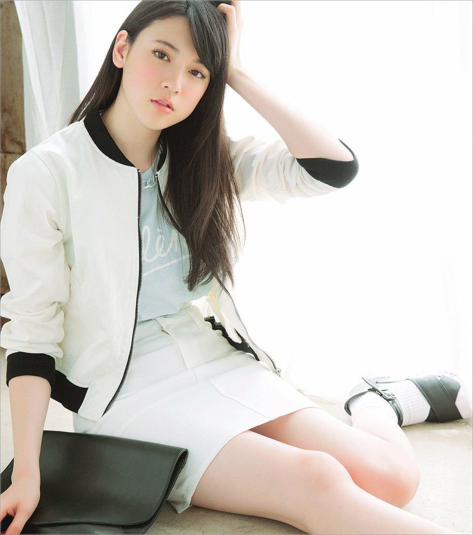 三吉彩花の熱愛彼氏は尾上松也?性格に難ありで「嫌い」の声多数?のサムネイル画像