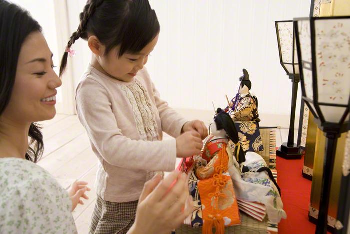 雛人形を飾る時期まとめ!2017年はいつからいつまで?片付けの方法も!のサムネイル画像