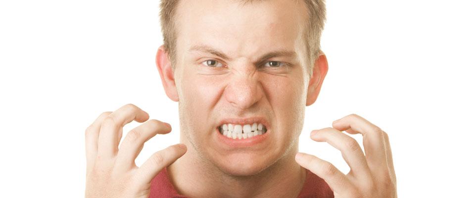 歯ぎしりの原因は睡眠の質が問題?ストレスも歯ぎしりの理由になるのか調べてみた