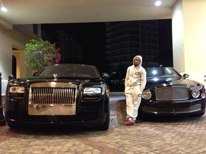 メイウェザーは超金持ち?豪邸(家)や車が凄い!ファイトマネーはいくら?のサムネイル画像
