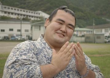 琴奨菊が幕内初優勝!結婚した妻とは別に彼には婚約破棄の過去があった!のサムネイル画像