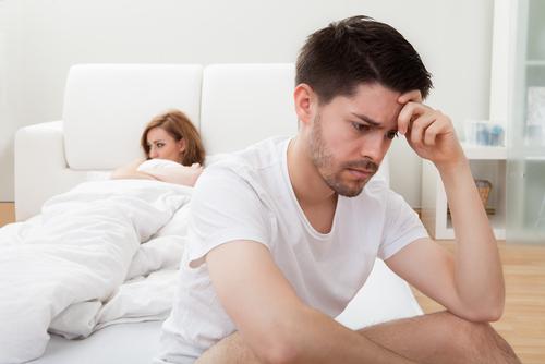 でき婚を後悔する瞬間や理由!できちゃった結婚は後悔の連続?のサムネイル画像