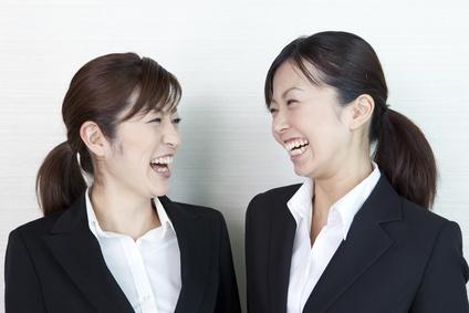 合コンで会話が盛り上がる話題・ネタ21選!女性幹事・男性幹事必見!のサムネイル画像