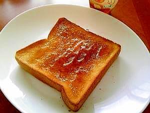 トーストレシピ人気特集!甘いトーストや卵・チーズを使った簡単レシピを紹介!のサムネイル画像