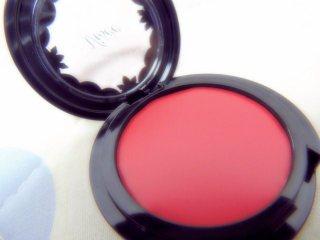 ヴィセのチークはリップにも使える!人気の色や効果的な使い方もまとめました!のサムネイル画像
