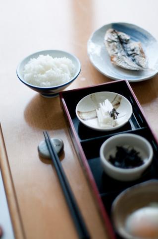 ひとりごはんの簡単レシピまとめ!ちゃちゃっと作れるお手軽料理!のサムネイル画像