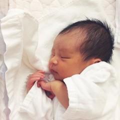 新生児・赤ちゃんの室温はどれくらいがいい?適温や湿度について調査のサムネイル画像